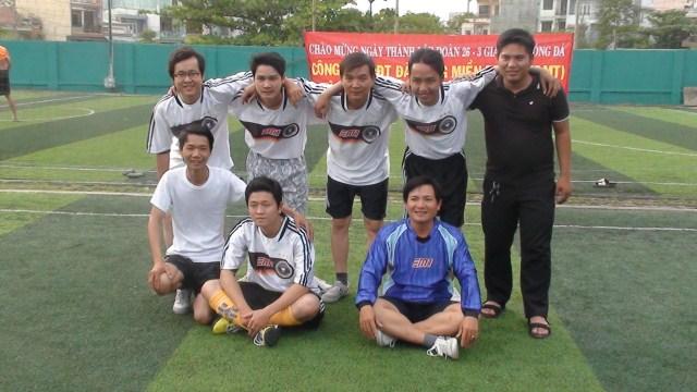 Giao lưu bóng đá mừng ngày thành lập Đoàn 26 - 3